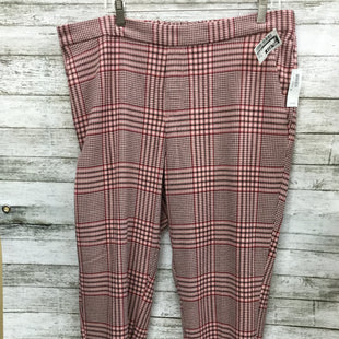 Primary Photo - BRAND: OLD NAVY STYLE: ANKLE PANT COLOR: PLAID SIZE: 16 OTHER INFO: NEW SKU: 127-3371-45599PRETTY PLAID ANKLE PANTS NWT!