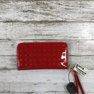 Primary Photo - BRAND:    CMD STYLE: WRISTLET COLOR: RED OTHER INFO: ARCADIA - ARCADIA SKU: 127-4903-113