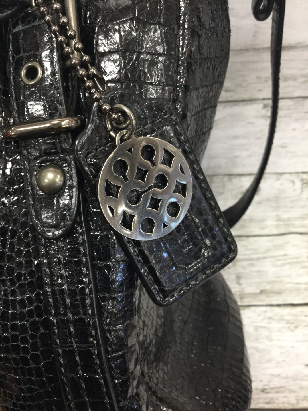 Photo #5 - BRAND: COACH , STYLE: HANDBAG , COLOR: BLACK , SIZE: LARGE , OTHER INFO: ALEXANDRA , SKU: 127-4942-3300, , THIS LEATHER COACH HANDBAG IS IN VERY GOOD CONDITION WITH SOME MINOR WEAR. THE INSIDE AND OUTSIDE ARE BOTH VERY CLEAN.