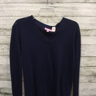 Primary Photo - BRAND: LILLY PULITZER STYLE: SWEATER LIGHTWEIGHT COLOR: NAVY SIZE: XXS SKU: 127-2767-92336NAVY BLUE V-NECK LILLY PULITZER SWEATER! MADE FROM 55% COTTON AND 45% LINEN.