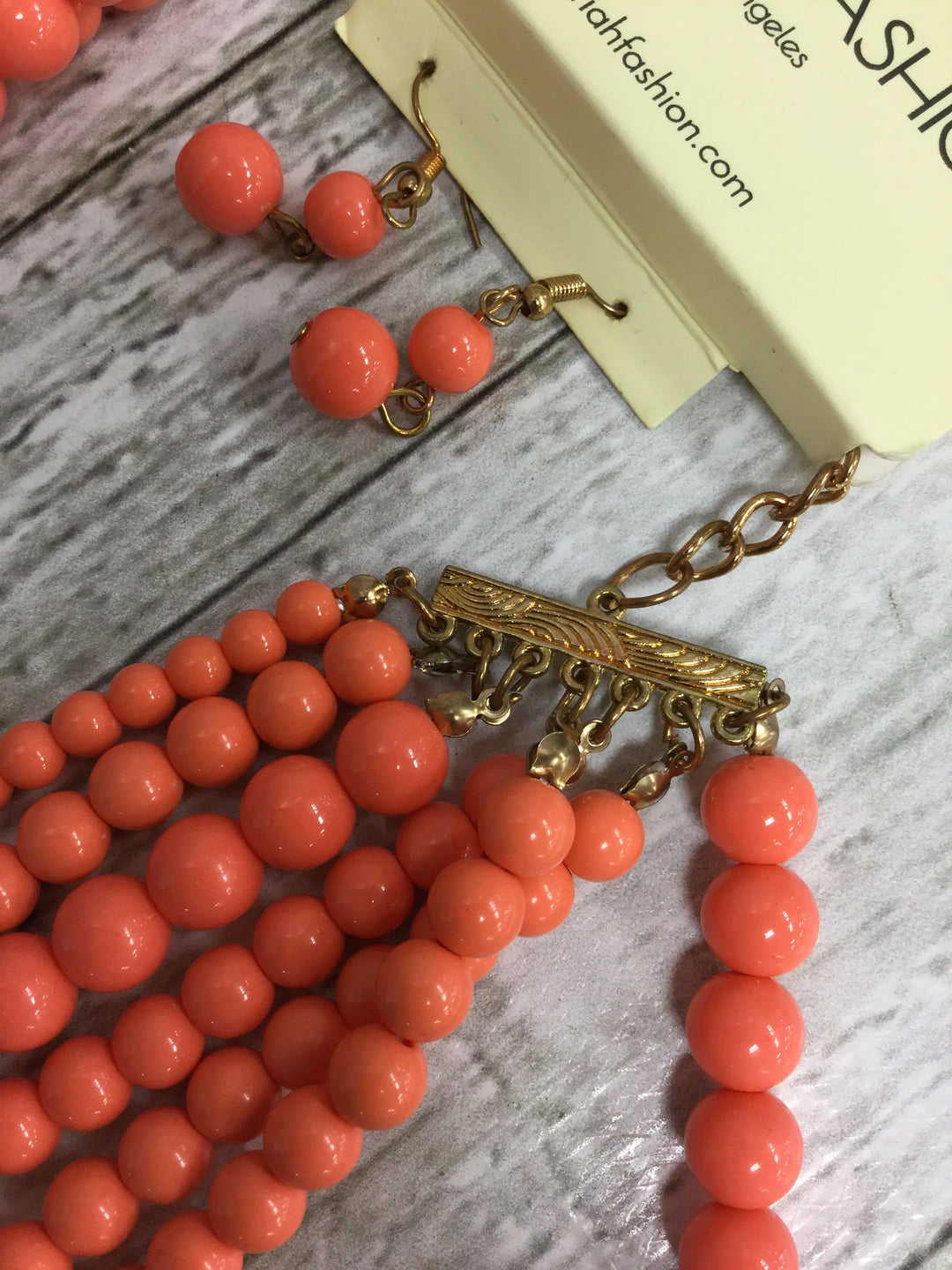 Photo #1 - BRAND:   CMC , STYLE: NECKLACE SET , COLOR: CORAL , SIZE: 02 PIECE SET , OTHER INFO: RIAH FASHION - , SKU: 127-4954-5834, , 2 PIECE SET OF CORAL BEAD NECKLACE AND EARRINGS!