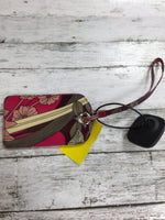 Photo #1 - BRAND: VERA BRADLEY <BR>STYLE: WRISTLET <BR>COLOR: PINK <BR>SKU: 127-4169-32490