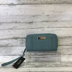 Primary Photo - BRAND: NICOLE BY NICOLE MILLER STYLE: WRISTLET COLOR: SLATE BLUE SKU: 125-3590-31541