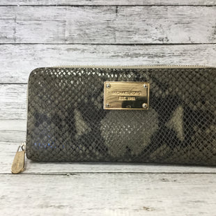 Primary Photo - BRAND: MICHAEL KORS STYLE: WALLET COLOR: SNAKESKIN PRINT SIZE: LARGE OTHER INFO: AS IS SKU: 125-4870-57