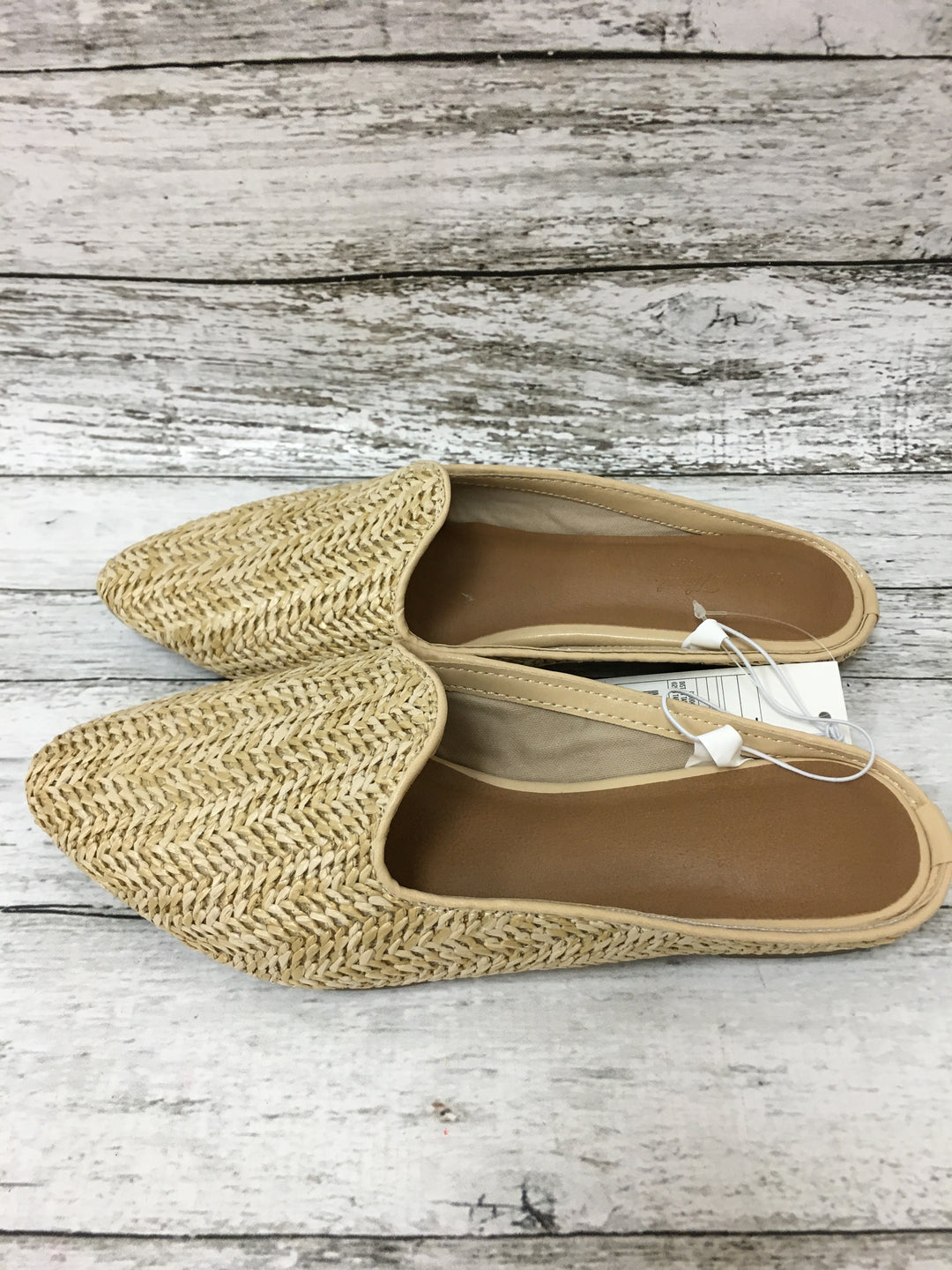 Primary Photo - brand: universal thread , style: shoes flats , color: tan , size: 7 , other info: new! , sku: 125-5153-3845