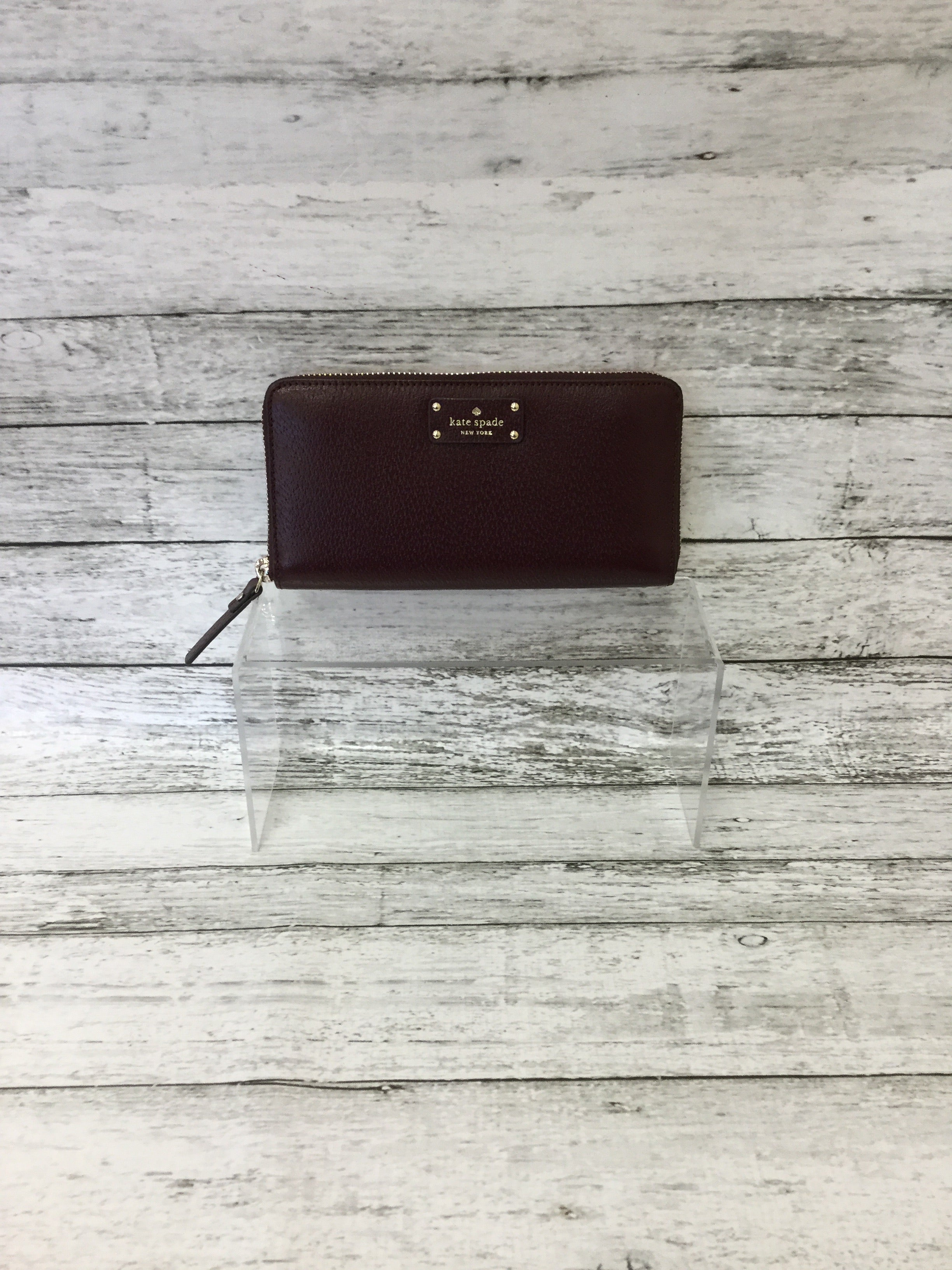 Primary Photo - BRAND: KATE SPADE <BR>STYLE: WALLET <BR>COLOR: MAROON <BR>SIZE: LARGE <BR>SKU: 125-4432-4110