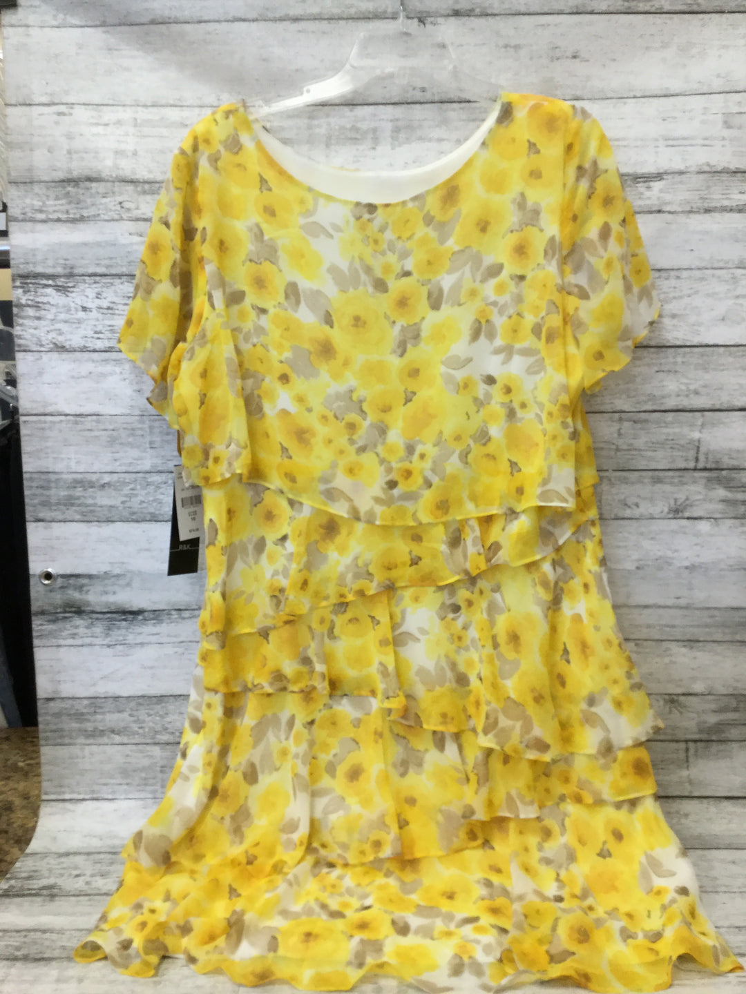 Photo #1 - BRAND: R AND K , STYLE: DRESS SHORT SHORT SLEEVE , COLOR: YELLOW , SIZE: 18 , SKU: 125-1957-9322