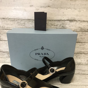 Primary Photo - BRAND: PRADA STYLE: SHOES LOW HEEL COLOR: BLACK SIZE: 9.5 SKU: 125-4383-28264