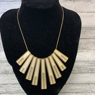 Primary Photo - BRAND:    CMD STYLE: NECKLACE COLOR: GOLD SKU: 125-4432-3665