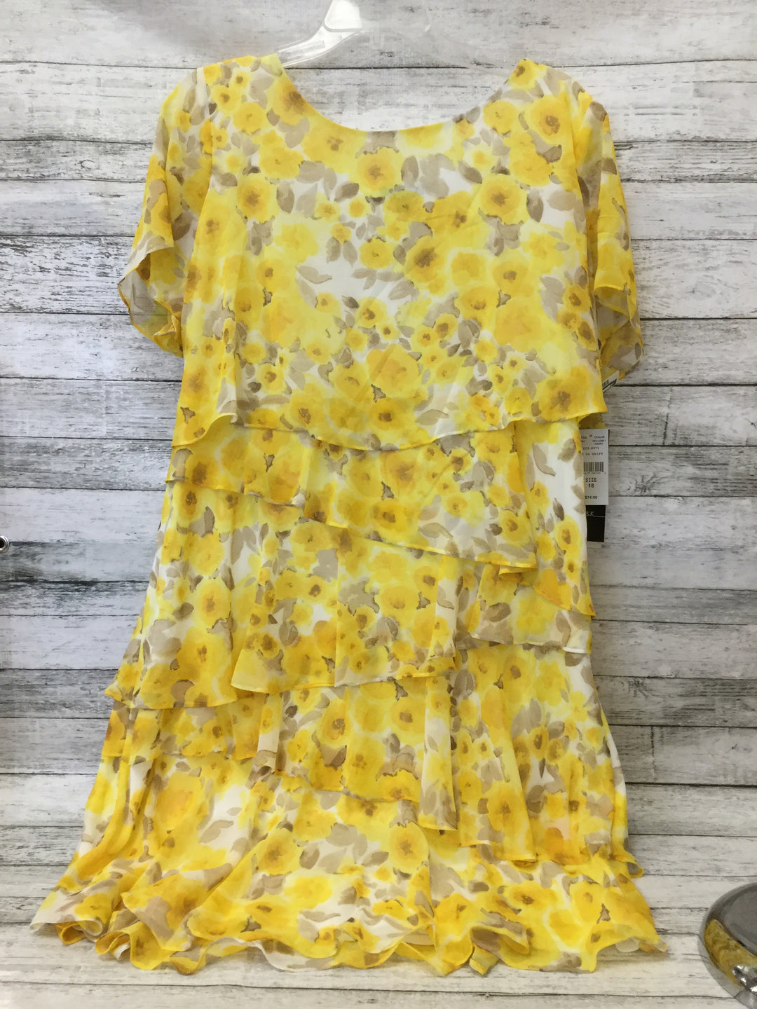 Primary Photo - BRAND: R AND K , STYLE: DRESS SHORT SHORT SLEEVE , COLOR: YELLOW , SIZE: 18 , SKU: 125-1957-9322