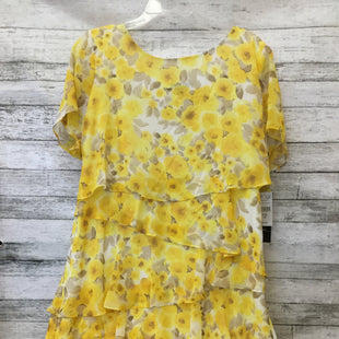 Primary Photo - BRAND: R AND K STYLE: DRESS SHORT SHORT SLEEVE COLOR: YELLOW SIZE: 18 SKU: 125-1957-9322