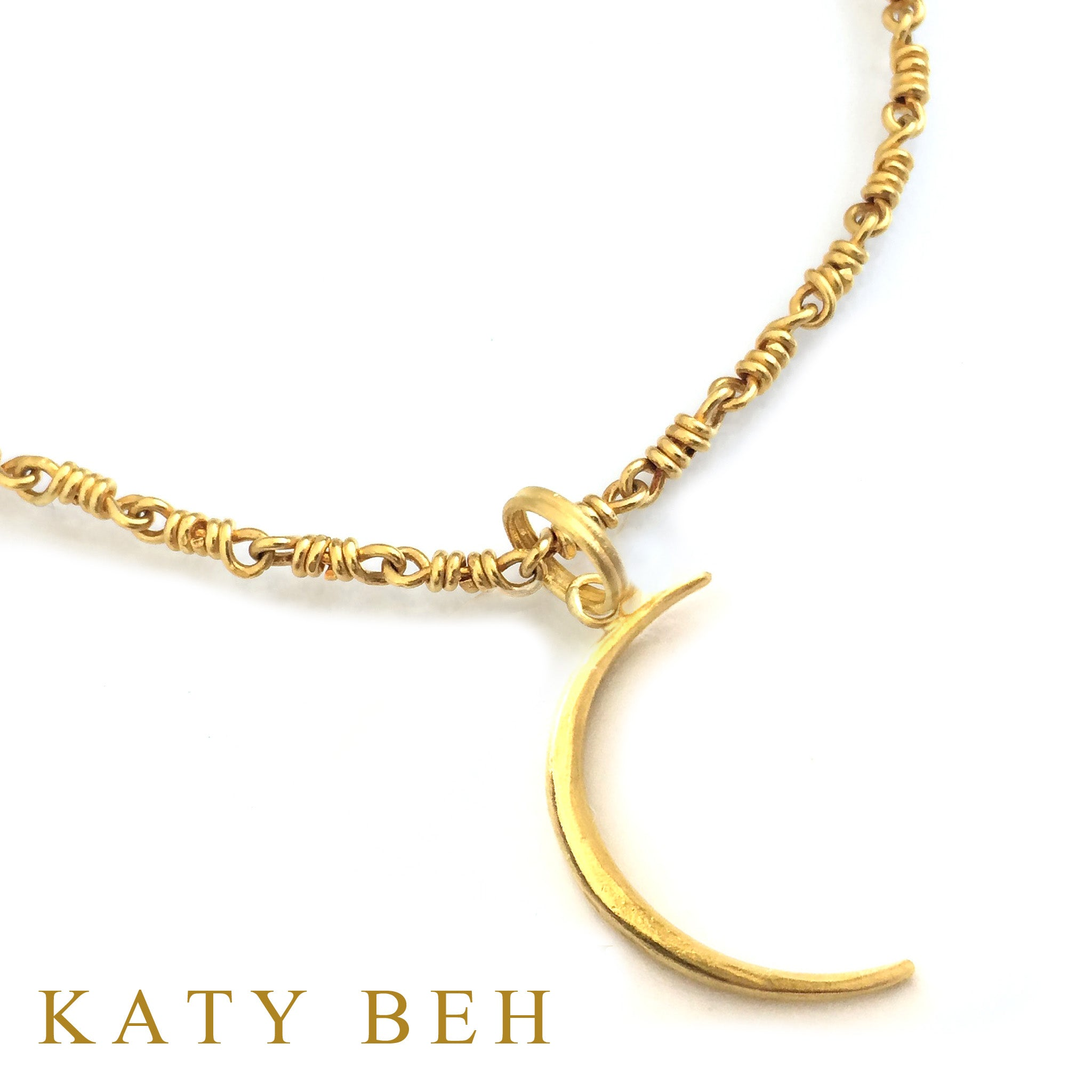 22k Yellow Gold Crescent Moon Pendant