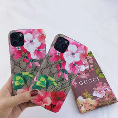 Flower G - iPhone Case 🌸 iPhone Newer Model - CASES THAT SLAY 🤍💍💸