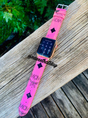 M - Apple Band 🔗 - CASES THAT SLAY 🤍💍💸