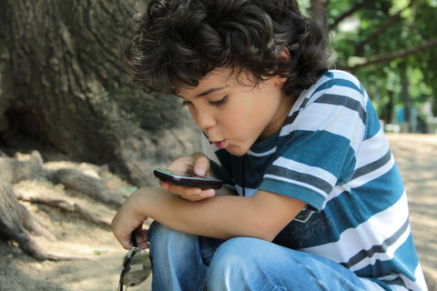 5 Ways A CellPhone Will Speed Up Your Child's Learning Process