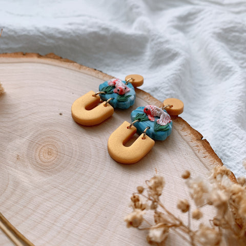 Handmade Polymer Clay Earrings - yú | Fish pond unique shell dangle earrings 04