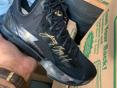 ZO2 Prime Remix Autographed By Lonzo Ball size 10.5