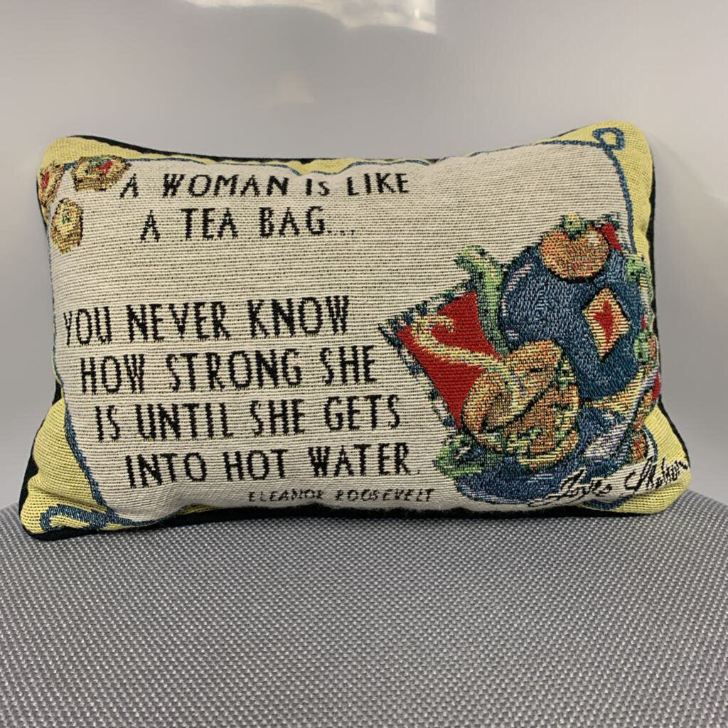 Decor A Woman Is Like Pillow