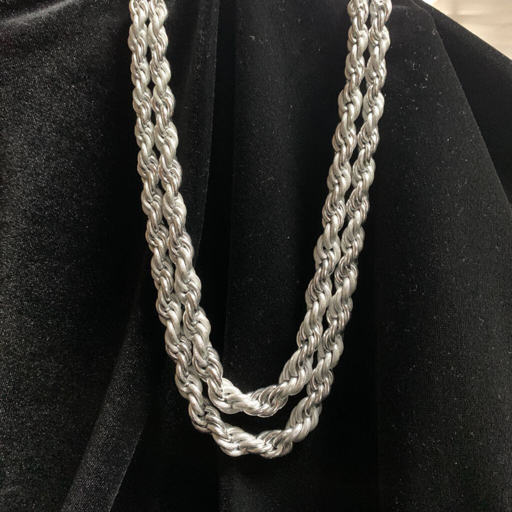SM8 Costume Necklace