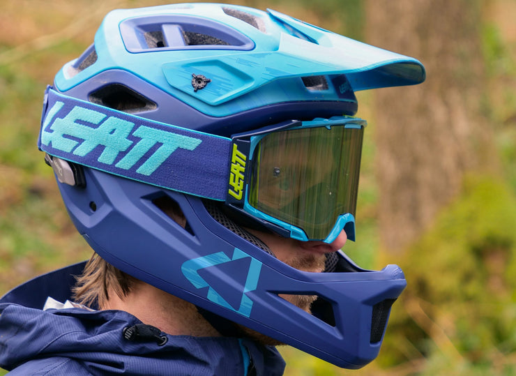 Casco Leatt DBX 3.0