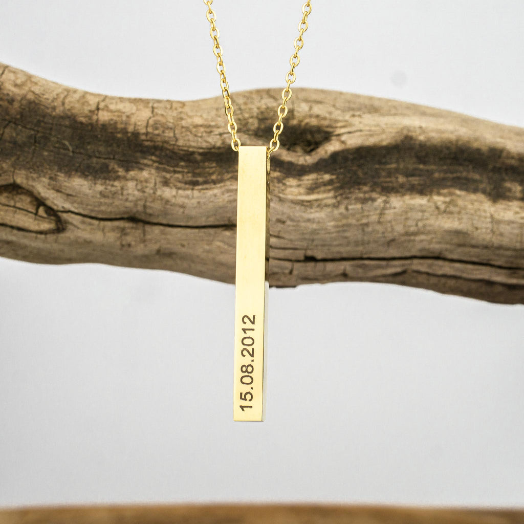 Chain with its own engraving