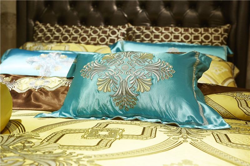Golden Royal Bedding Set