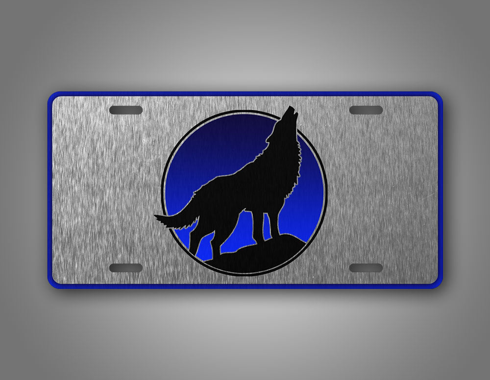 Howling Wolf Silhouette Silver Auto Tag