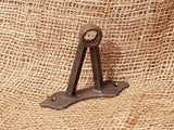 vintage-hook-rail-stand-off-bracket-min