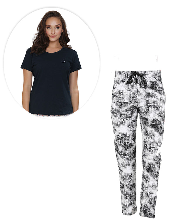 Monochrome combination of printed pyjama and Plain T-shirt