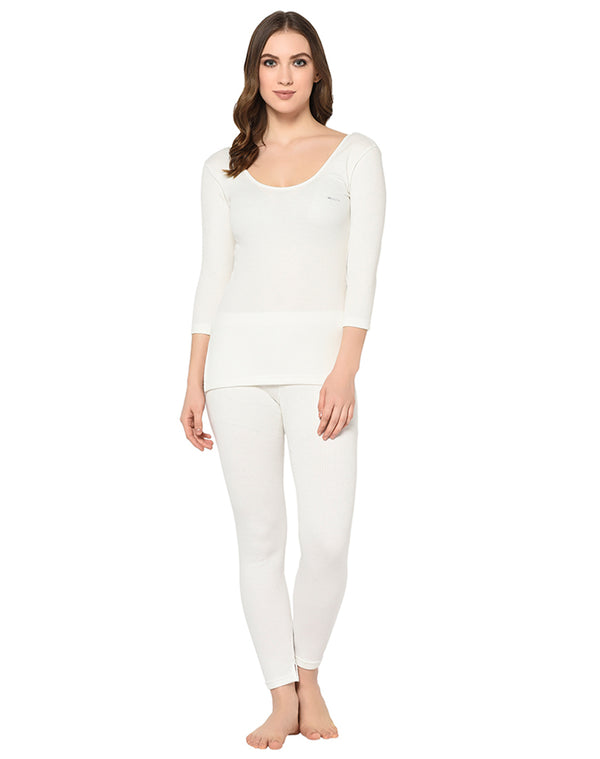 WOMEN PEARL WHITE 3/4TH SLEEVE THERMAL TOP & BOTTOM SET