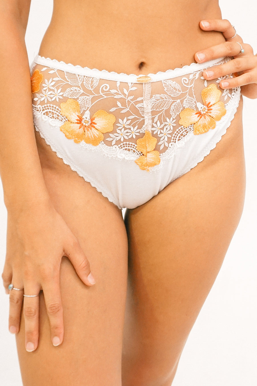 Buttercup High Leg Knicker