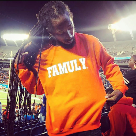 FAMULY- Crewneck Orange