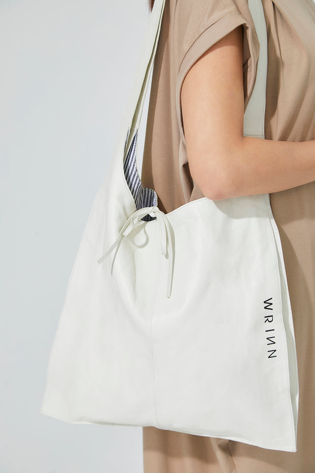 Revive Leather Bag Off White