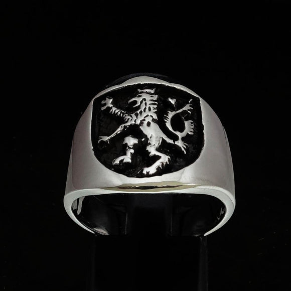 Excellent crafted ancient Men's Rampant Lion Ring Black - Sterling Silver BikeRing4u