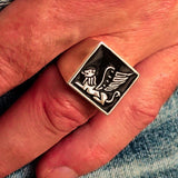 Perfectly crafted Men's Ring winged Lion of Venice Black - Sterling Silver - BikeRing4u