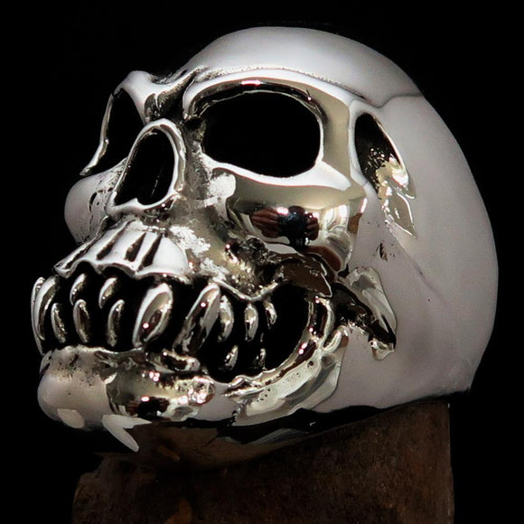 Excellent crafted Men's Zombie Fang Skull Ring - Antiqued Sterling Silver