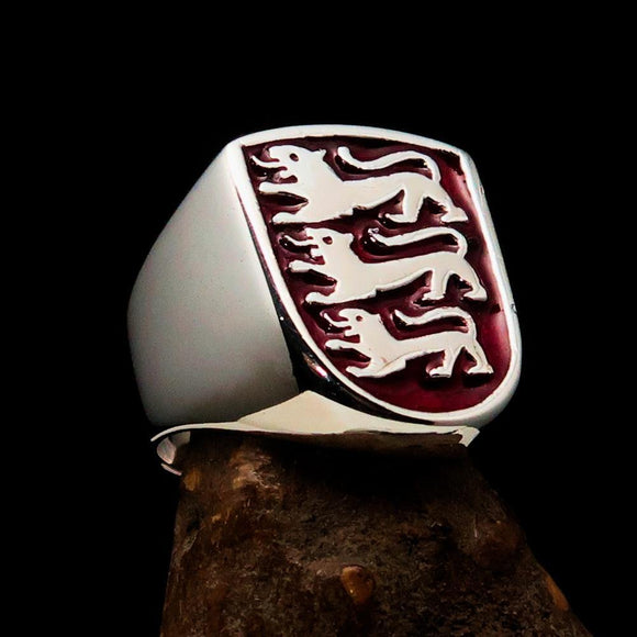Perfectly crafted Men's Shield Ring Red 3 Lions Coat of Arms - Sterling Silver - BikeRing4u