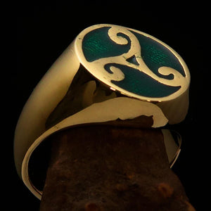 Perfectly crafted Men's Celtic Triade Ring Green Triskele - Solid Brass - BikeRing4u
