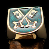 Perfectly crafted Men's Shield Ring Crossed Skeleton Keys Green - Solid Brass - BikeRing4u