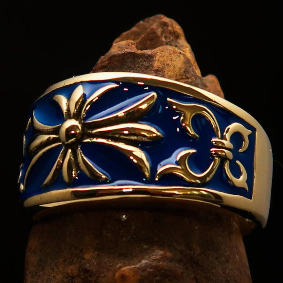 Nicely crafted Men's Fleur de Lis Band Ring Blue - Solid Brass