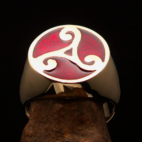 Perfectly crafted Men's Celtic Triade Ring Red Triskele - Solid Brass - BikeRing4u
