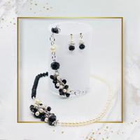 SET Black and White Pearls