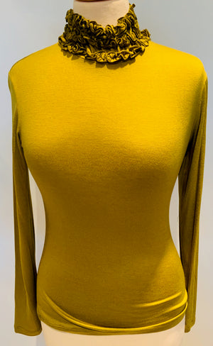 Ruffled Collar T-Neck