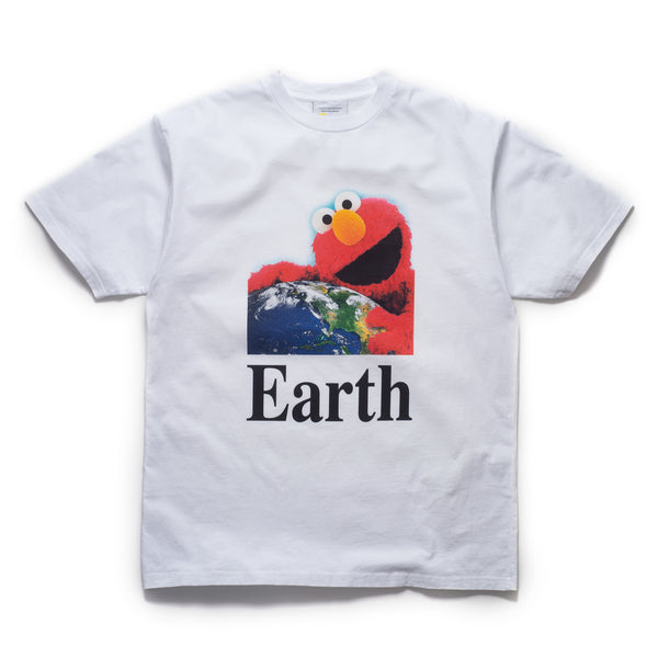 I Hug Earth T-Shirt - White