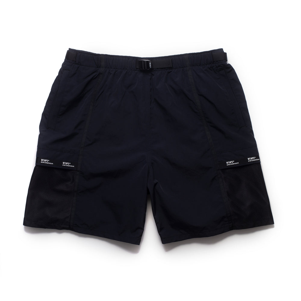 Tracks Shorts - Black