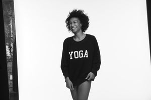 YOGA SWEATSHIRT WHITE ON BLACK