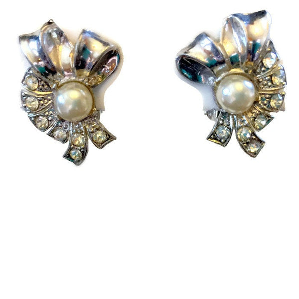 Vintage Faux Pearl Clip On Earrings Rhinestones Rhodium Plated White Metal Ribbon Motif 3/4 Inches Wide 1 Inch Long