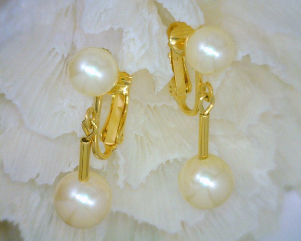 Faux Pearl Stud and Pearl Dangle Clip-On Earrings Top Pearl 8 mm Dangle Pearl 10 mm 1 Inch Long