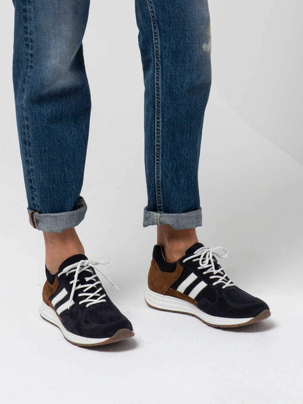 2-STRIPE SNEAKERS