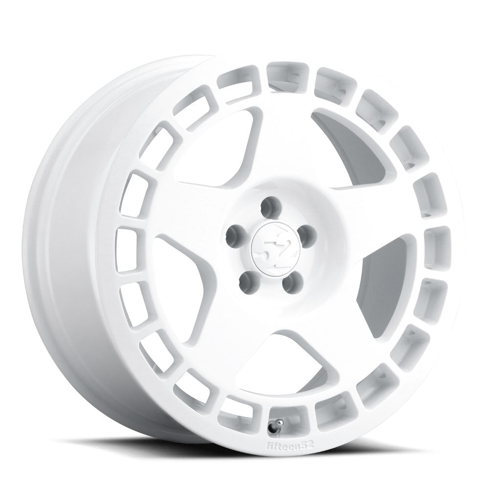 fifteen52 Turbomac Wheels